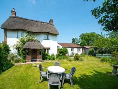 Photo for 4 bedroom Cottage in Carisbrooke - IC165