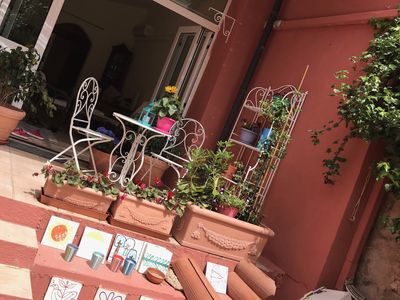 Photo for Cozy house with garden, in the heart of the historic center.