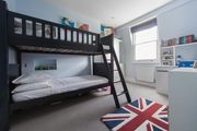 London Home 690, Enjoy a Holiday of a Lifetime Renting Your Own Private London Home - Studio Villa, Sleeps 8