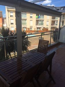 Photo for Two bedroom apartment, close to the beach and with pool