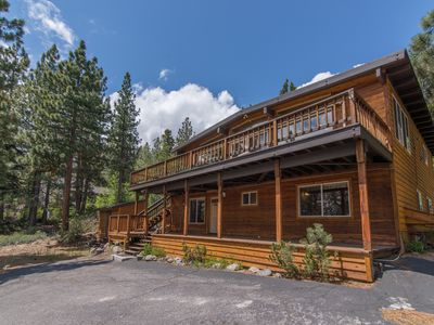 Photo for Lakeview home in Dollar Point! Minutes from Major Ski Resorts!