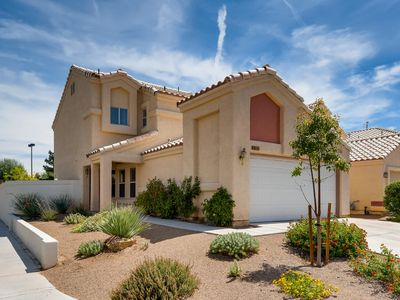 Single Family Home Minutes from Downtown Summerlin and Red Rock