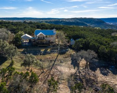 Photo for MILLION DOLLAR VIEW - 10 ACRE HILL COUNTRY PARADISE