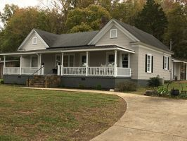 Photo for 3BR House Vacation Rental in Cedartown, Georgia