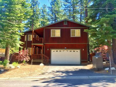 Photo for Beautifully decorated 2300 Sq Ft, Custom Home 3 Bedrooms, Loft, Hot Tub & More
