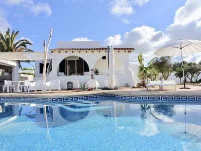 Photo for Little Menorca - Family Villa with Large Pool and Beach Access