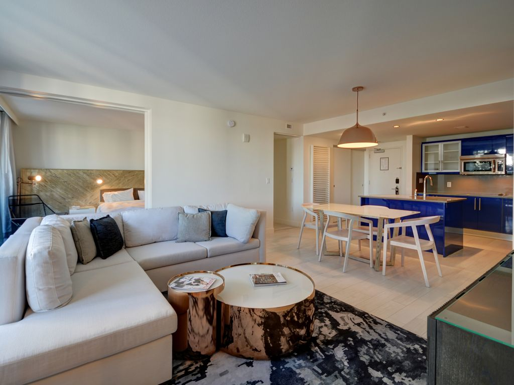 Modern luxury beachfront hotel 2 bedroom retreat w oversized private patio 5 fort lauderdale for 2 bedroom hotels in fort lauderdale fl