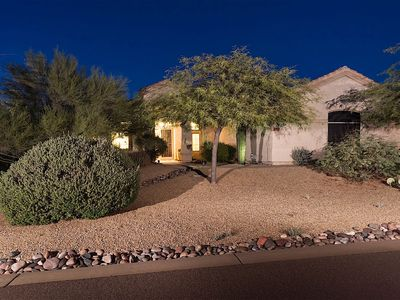 Photo for Stunning 4 bedroom 2 bath, single level home in North Scottsdale with pool