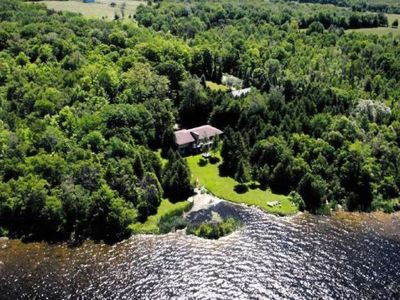 Photo for Gorgeous 4 Bdm Cottage On Over 2 Acres Of Waterfront