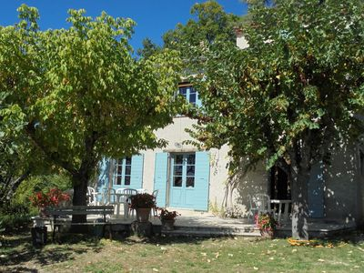 Photo for Large house in perched village Luberon Park