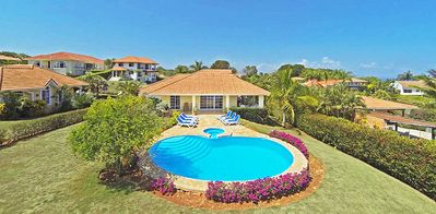 Photo for Villa with private pool, A/C, cable TV, Internet, central Sosua