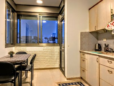 Photo for Prime-Location apartment* with JLM balcony view*