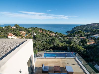 Photo for 6 bedroom villa with sea views & pool in Sa Riera, Begur (H34)