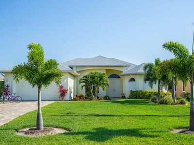 Photo for Spacious Villa, Pool, walking distance Cape Harbour, dir. access Gulf of Mexico
