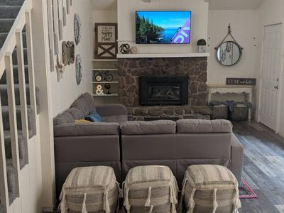Charming Updated Townhome Great 4 Relaxing Getaway