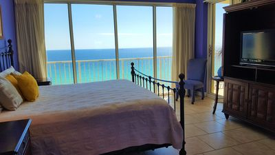 Photo for Gorgeous Beachfront Condo