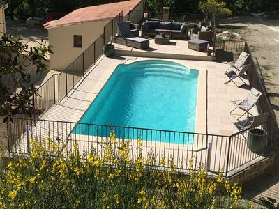Photo for STUDIO 30 M² - 2 PERS. - IN THE COUNTRYSIDE - LUBERON near Gordes and Roussillon