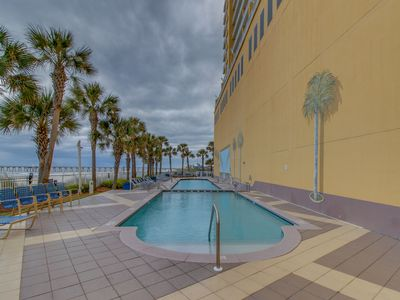 Photo for Oceanfront condo w/beach access, shared pool, & gym - snowbirds welcome!