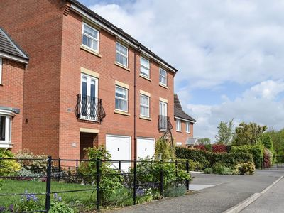 Photo for 4 bedroom accommodation in Oakham