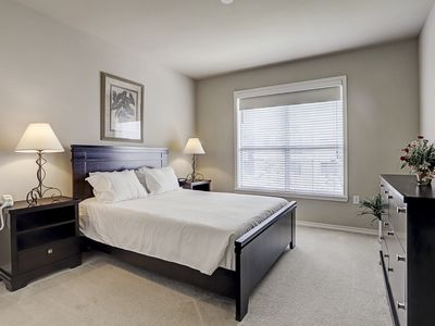 Photo for Beautiful Uptown/Galleria Mid-Rise For Lease!
