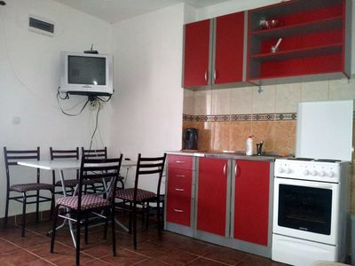 Photo for One-Bedroom Apartment with Terrace (3-5 Adults)