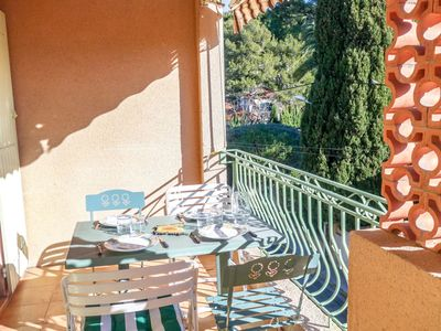 Photo for Nice apartment for 4 guests with WIFI, TV, pets allowed and parking