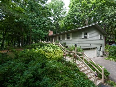 rental and rentals cabin homeaway cabins sandy beach sandcastle haven cottage front vacation south of secluded private in michigan shady