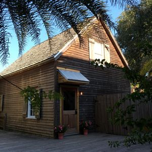 Centrally Located One block from Flagler College, One Block from St George St