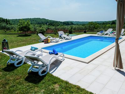 Photo for Luxury villa with private pool and peaceful location just 9 km from Rovinj.