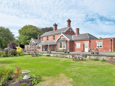 Photo for 2 bedroom accommodation in Brompton-by-Sawdon, near Scarborough