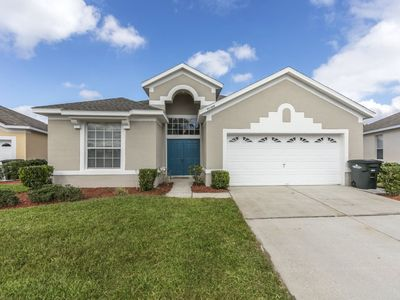 Photo for 3 bedroom private home in Windsor Palms Resort Community