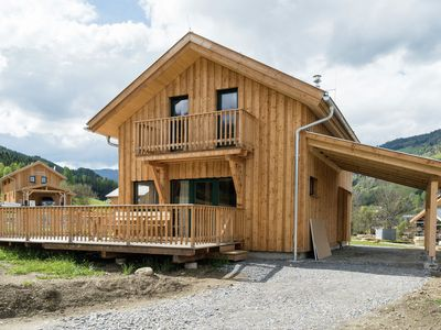 Photo for Detached luxury chalet with wellness centre, outdoor jacuzzi and carport