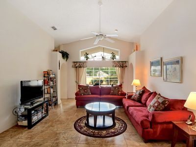 Photo for Ideal Vacation Home with private pool minutes to Disney !