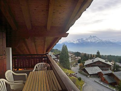 Photo for Apartment Le Faucon 8 in Villars - 6 persons, 3 bedrooms