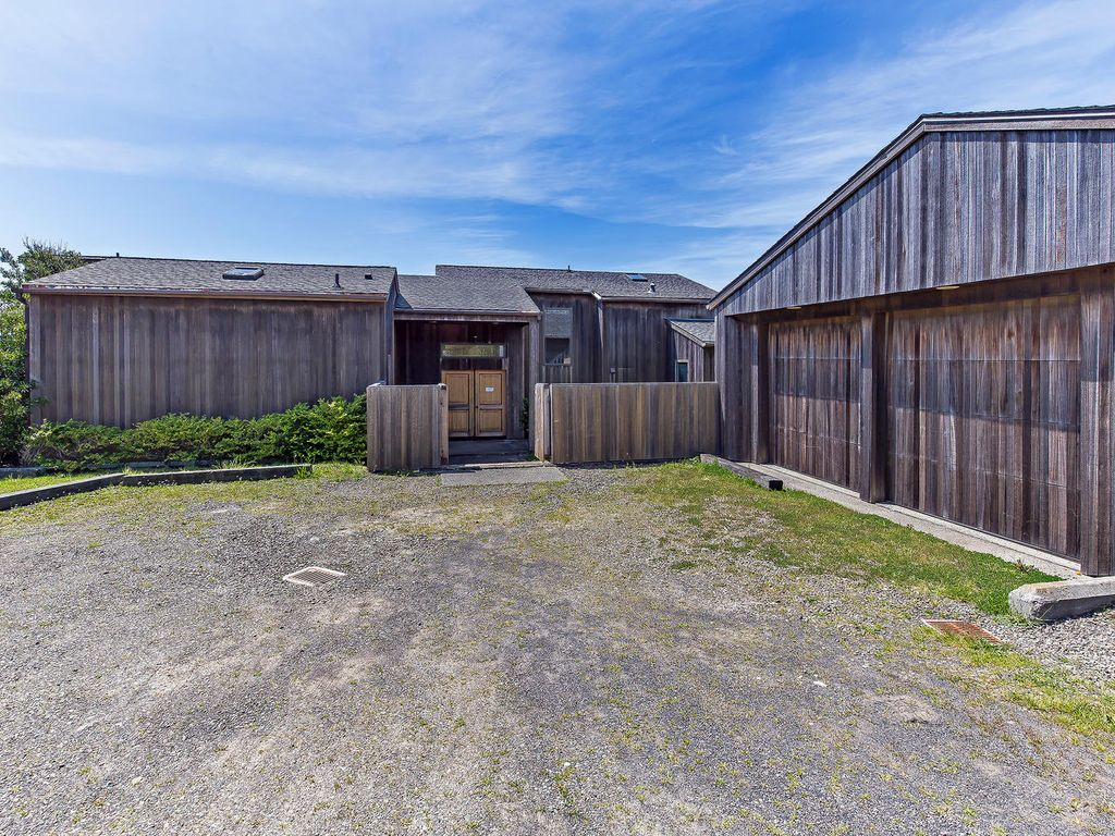 Superior Sea Ranch House Rental