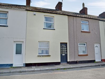 Photo for 2 bedroom accommodation in Newton Abbot