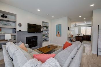 Photo for Townhome Near RiNo With Rooftop Patio