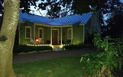 Photo for 1BR Cottage Vacation Rental in Fredericksburg, Texas