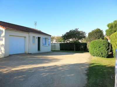 Photo for Vacation home Les Ajoncs (BTI420) in Bretignolles sur Mer - 4 persons, 2 bedrooms