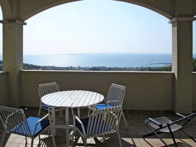 Photo for Apartment Casa Bianca (PTL200) in Pietra Ligure - 5 persons, 1 bedrooms