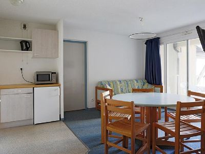Photo for Surface area : about 35 m². Floor -1. Living room with pull-out sofa. Bedroom with double bed