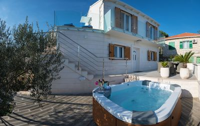 Photo for Villa Vanna with Jacuzzi