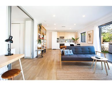 Photo for Bright And Modern Flat In Best Part Of Sydney