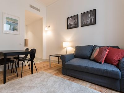 Photo for Baixa Cozy Apartment I apartment in Baixa/Chiado with WiFi & integrated air conditioning.