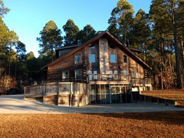Photo for 4BR Cabin Vacation Rental in Harrells, North Carolina