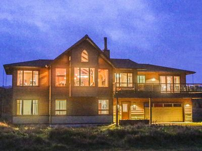 Photo for The Sea Sanctuary - Beach Front, Hot Tub, Stunning Newer Home