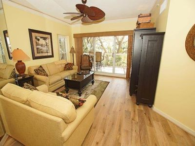 Photo for 2 bedroom oceanfront in Palmetto Dunes-201 Barrington Arms