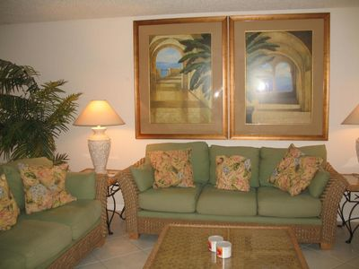 Photo for Beautiful 2BR/2BA Condo Canal Front, Marathon, Bring your Boat!