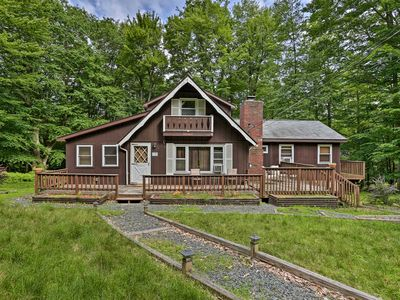 Photo for NEW! Cozy Pocono Lake Cabin w/ Beach & Pool Access