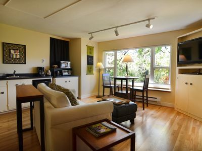 Photo for Location! Walk to U of O, restaurants, hiking trails. Quiet & Serene!